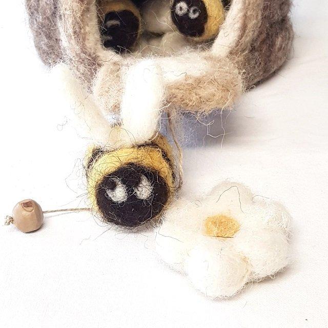giochi di lana il mondo delle api