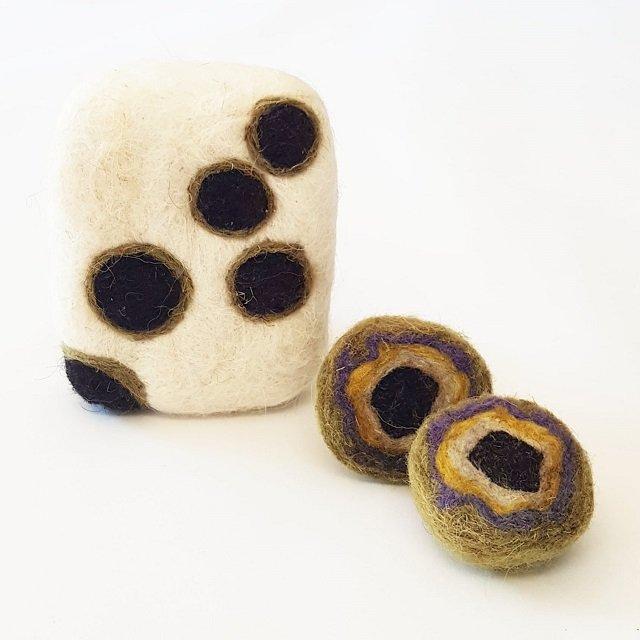 profumatori in lana preistorico